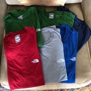 Bundle of 6 North Face men t-shirts